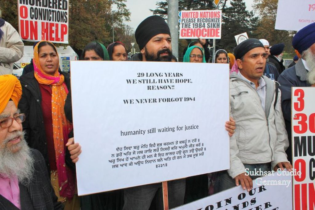 http://sameydiawaaz.com/Photos/01.11.2013%20-%20Geneva%20-%20YES!%20It%C2%B4s%20Genocide/211.JPG