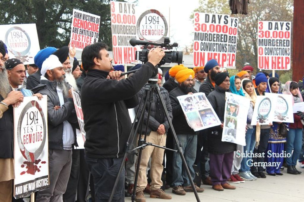 http://sameydiawaaz.com/Photos/01.11.2013%20-%20Geneva%20-%20YES!%20It%C2%B4s%20Genocide/224.JPG